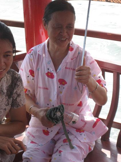 IMG_1709パジャマおばさん.JPG